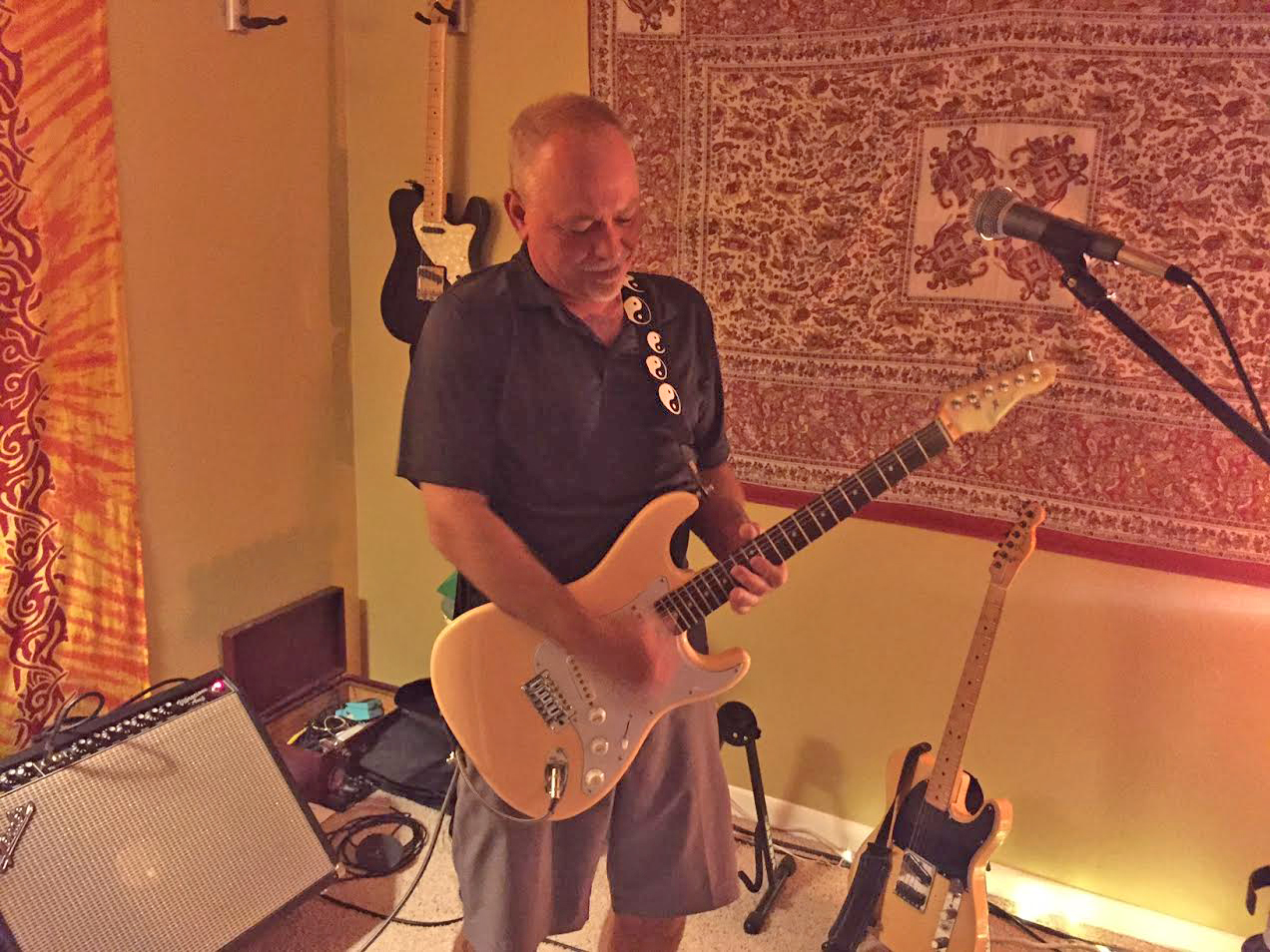 Mark Dybvig playing an Original Rdawg Cream Vintage Assembly guitar